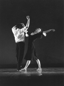 Breaking Strings: Lizie Saunderson, Philippe Giraudeau
